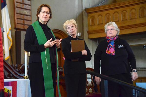 First Congregational Church celebrates a year as an open church-112314