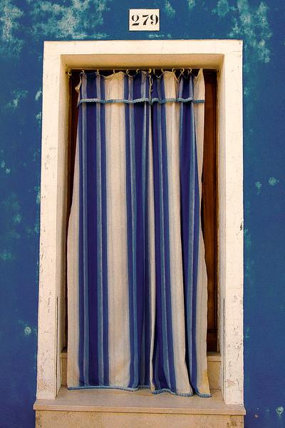 burano blue door-2.jpg