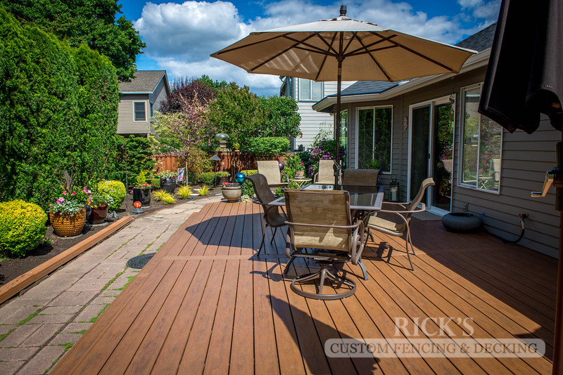 1204 - LifeStyle HDPE Composite Decking