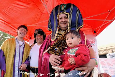 2014-01-04 Food City Reyes Magos--Three Kings Day