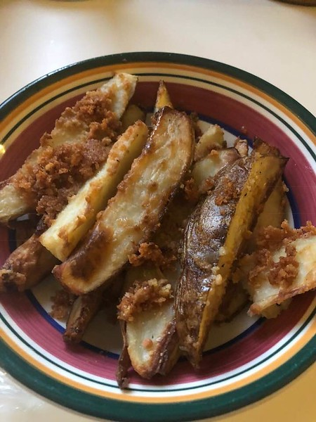 Garlic Oven Fries (Peggy Vincent)