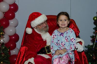 2016 AA DFW Rec Cmte Santa Pictures