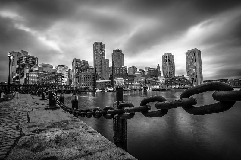 BostonSkylineFanPierParkHarborwalk-2.jpg