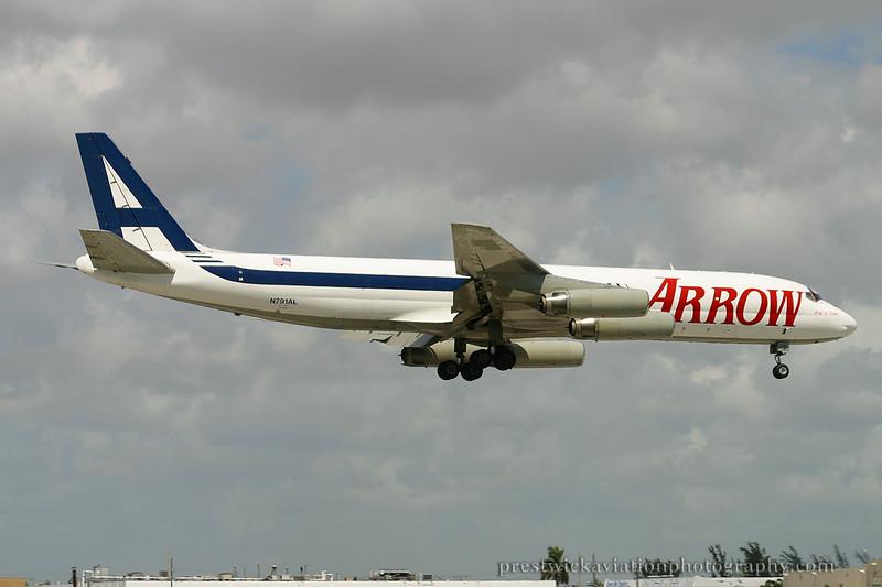 N791AL McDonnell Douglas DC-8-62AF Arrow Air Miami 030304.jpg