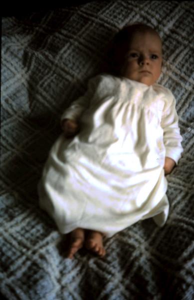 1965-9-26 (4) Susan 2 mths.JPG