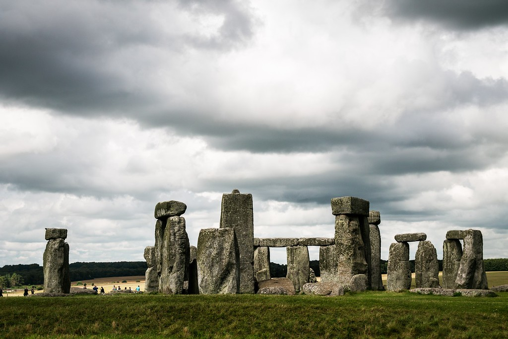 25 Best Places to Visit in England - Stonehenge