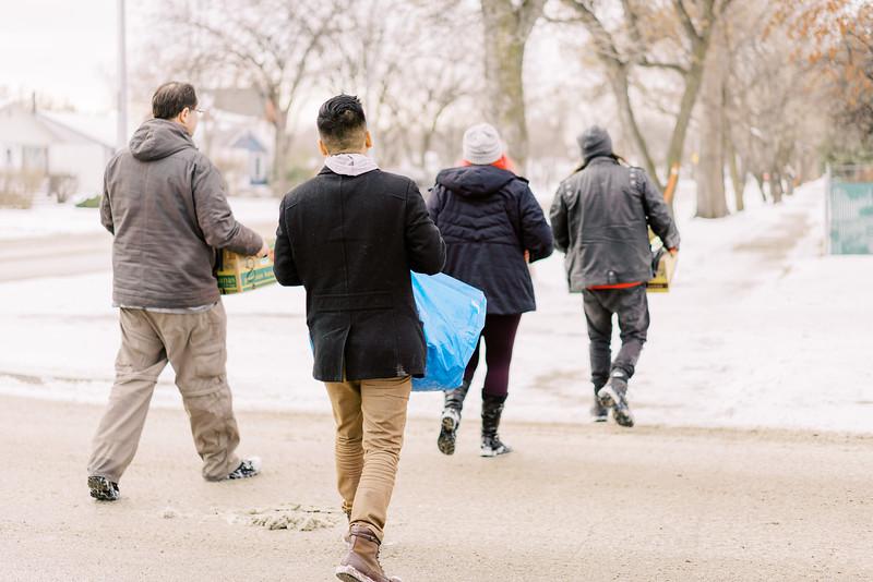 2019-12-22_WinnipegPlantBasedHelpingHands07.jpg