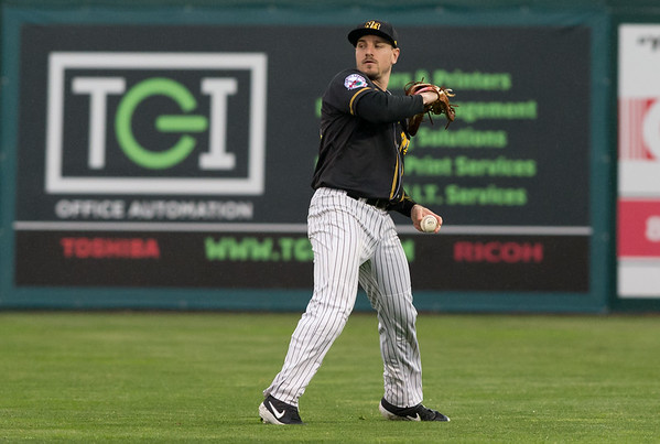 05/03/19 Wesley Bunnell | Staff The New Britain Bees home opener vs the Somerset Patriots on Friday night at New Britain Stadium. Right fielder Bijan Rademacher (28).