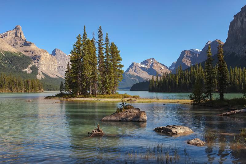 Spirit Island, Maligne Lake, Jasper National Park. Alberta, Canada.