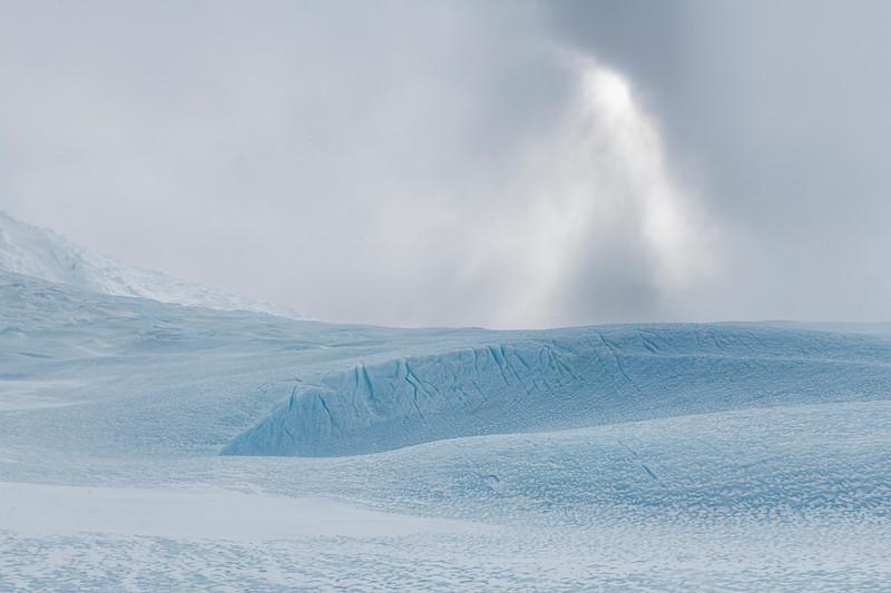 Drake Icefall -1-8-18085270.jpg