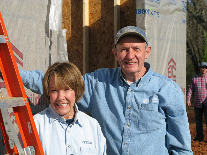 08 03-11 Mimi & Bob Crowley of Tucson, AZ (ls w/Crowley camera)