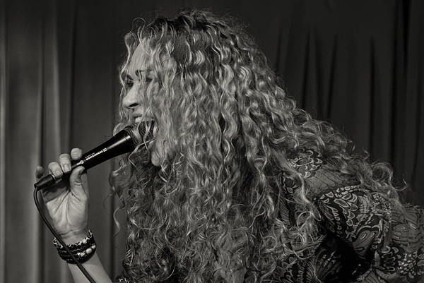 Dana Fuchs at Biscuits and Blue March 2015
