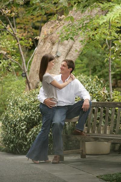 Natalie & Barret's Engagement Sitting