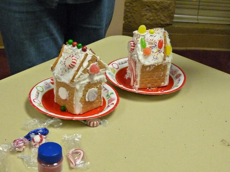nice job on those gingerbread houses!.jpg