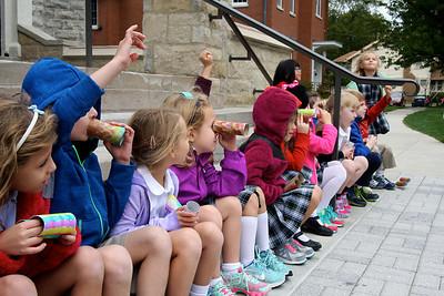 Kindergarten Binoculars