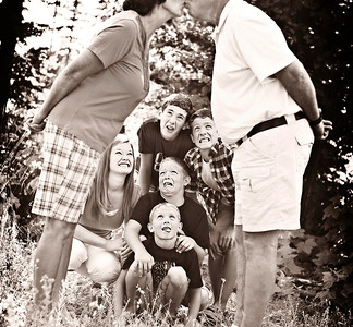 The C. family + cousins|Summer 2012