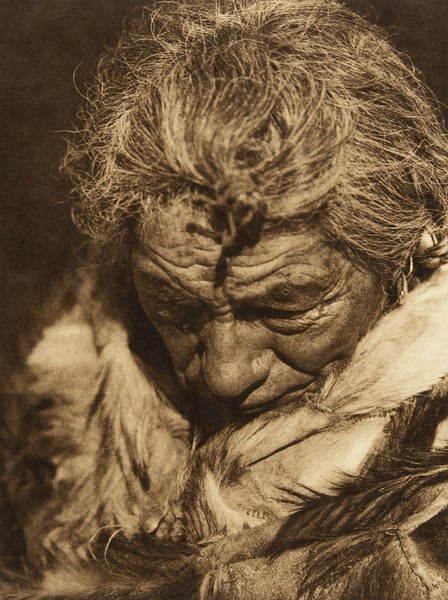"Makoyepuk - ""Wolf-child"" - Blood (The North American Indian, v. XVIII. Norwood, MA, The Plimpton Press,  1928)"