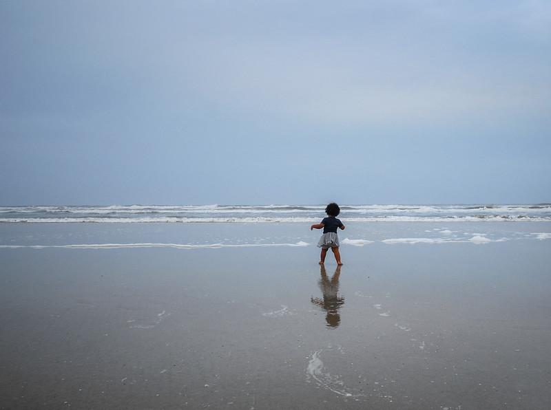 Mari at ocean 12.2018 III.jpg