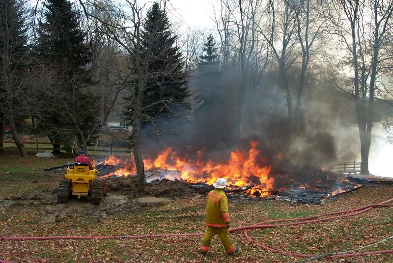 00 11 05 Burning down Furman Cottage