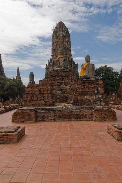 Wat Chaiwatthanaram 5 - Ayutthaya, Thailand.jpg