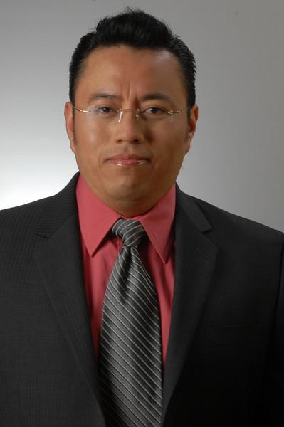 """Univision Radio  """"Jose Luis Acros"""" 12-4-09"""