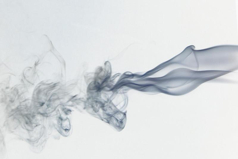Smoke Trails 5~8737-1ni.