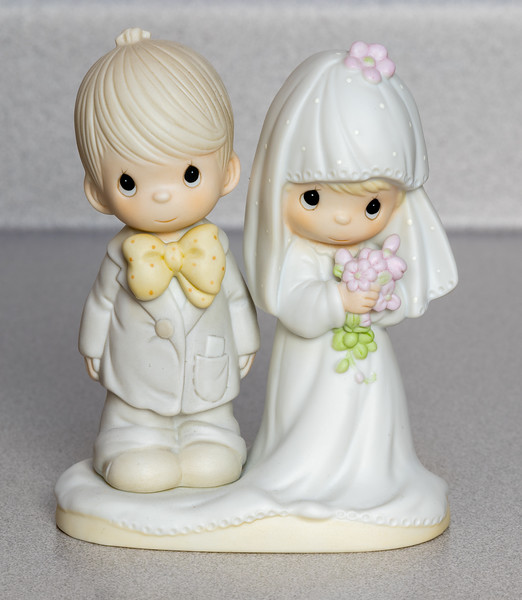 Porcelaiin Girl and Boy