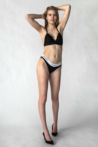Emma-Portfolio-3383-small.jpg