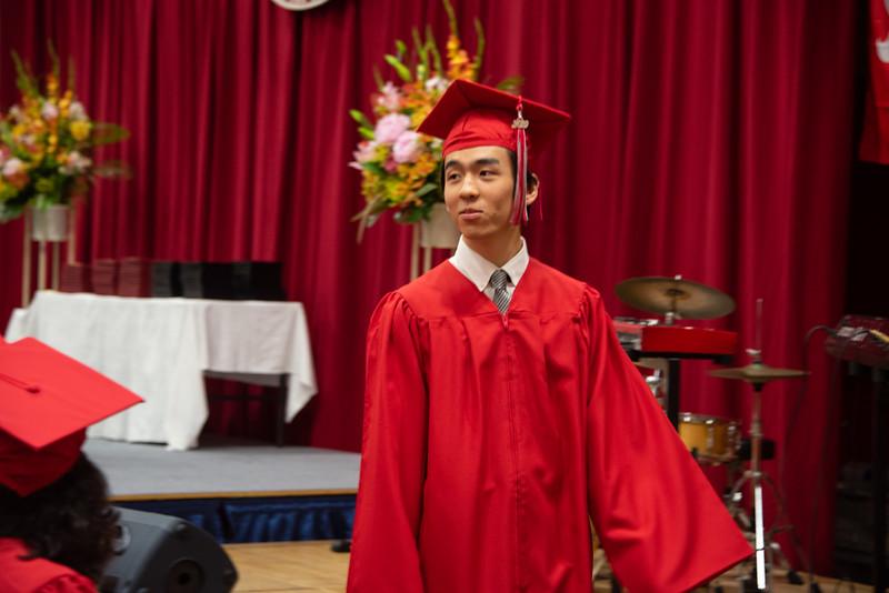 Senior -Graduation-YIS_3010-2018-19.jpg