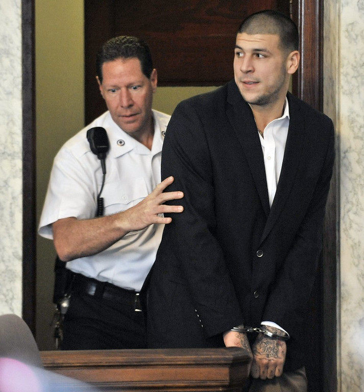 """. <p>4. AARON HERNANDEZ <p>He says he�s not guilty, and that�s probably good enough for some Patriots fans. (unranked) <p><b><a href=\'http://www.twincities.com/sports/ci_24032255/aaron-hernandez-arraigned-new-england-patriots-first-degree-murder\' target=\""""_blank\""""> HUH?</a></b> <p>    (AP Photo/Josh Reynolds, File)"""