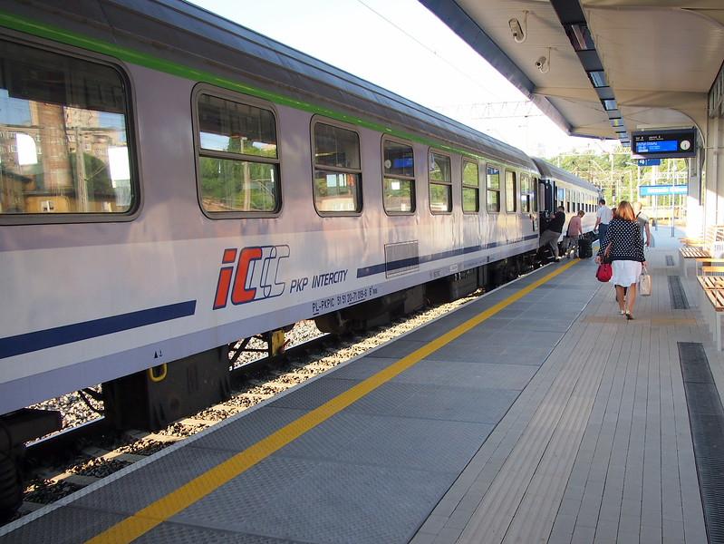 P7073691-pkp-intercity.JPG