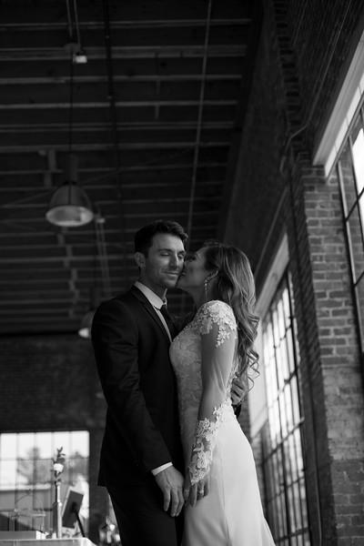 Kate&Josh_B&W_ZACH.WATHEN.PHOTOGRAPHER-302.jpg