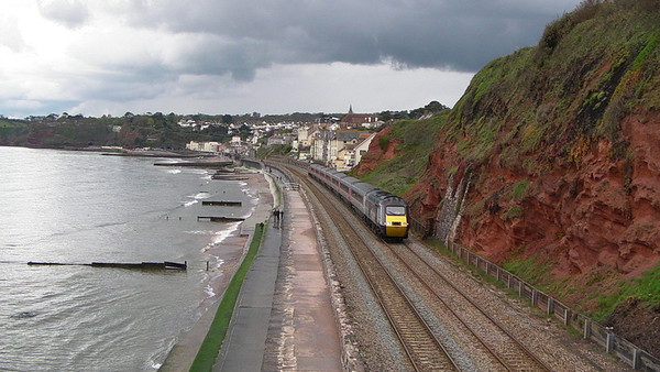 Sea Wall, Totnes & Saltash (01-05-2010)