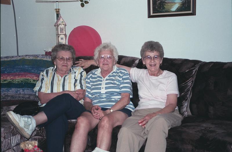 Verdella nelson, Dolores Ralph, Benai Pederson 7-99.jpg
