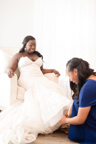 Lachniet-MARRIED-a-Pre-Ceremony-0244.jpg