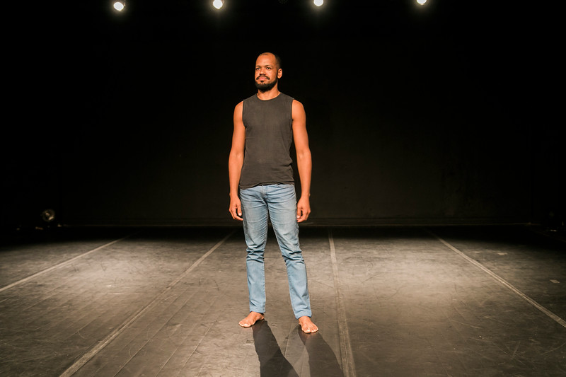 Allan Bravos - Lentes de Impacto - Teatro-397.jpg
