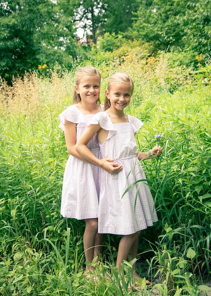 Flower Girls (1 of 3)-2.jpg