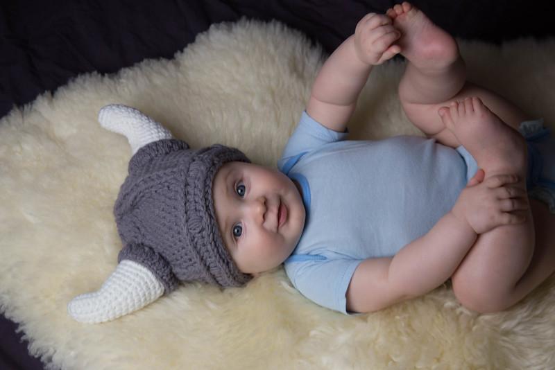 baby james 6 months-14.jpg
