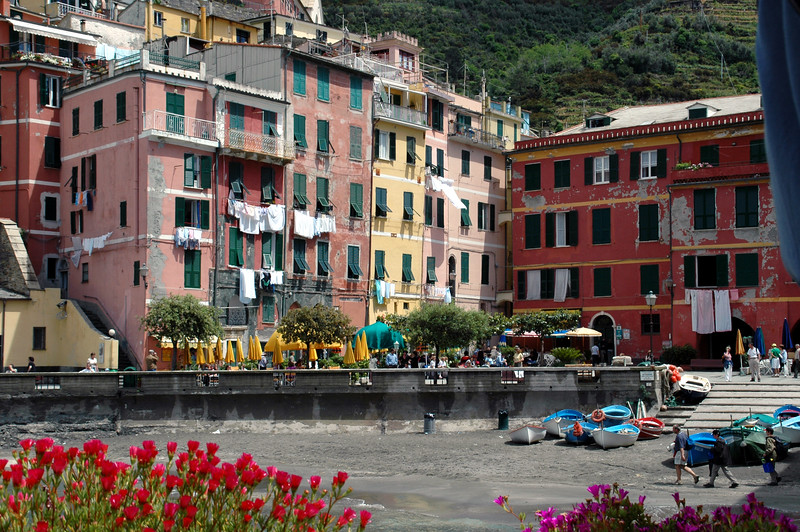 we stopped for lunch in Vernazza