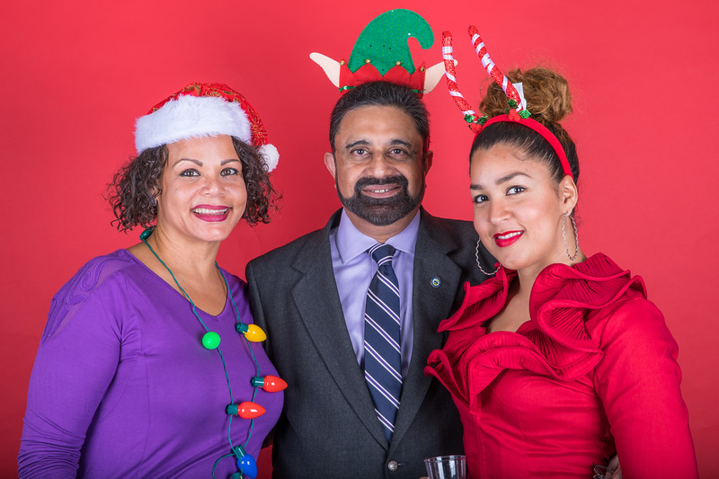LS 154-2017 Arts and Humanities Holiday Party_073.jpg