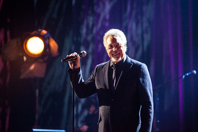 02/14: Sir Tom Jones