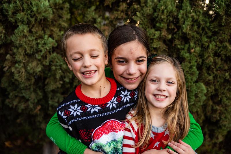 Christmas Sweater Cousins 2020-6794.jpg