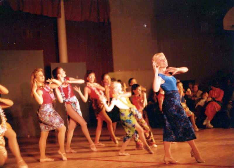 Dance_1058_a.jpg