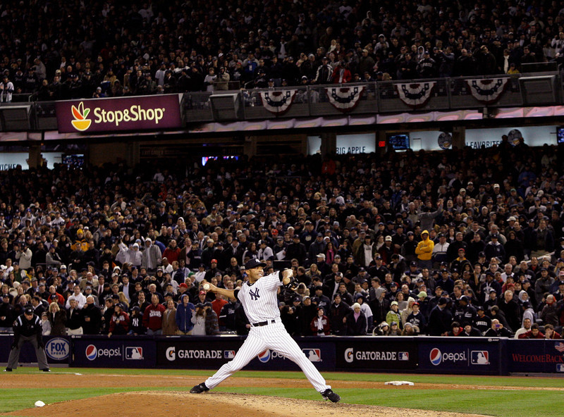 . New York Yankees\' Mariano Rivera throws during the ninth inning of Game 6 of the Major League Baseball World Series against the Philadelphia Phillies Wednesday, Nov. 4, 2009, in New York. (AP Photo/Elise Amendola)