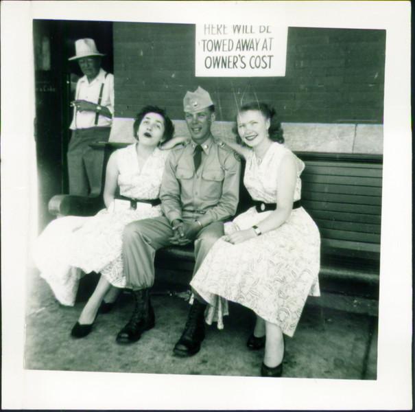 Inge Schroeder , Soldier, Mom at bus station