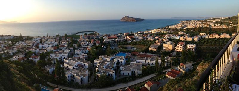 Fantastisk utsikt frå ein resturant....Kreta 2013