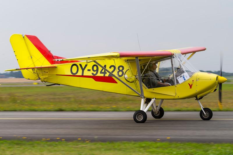 OY-9428-X-AirHawk-Private-RKE-EKRK-2013-08-18-_A7X6602-DanishAviationPhoto.jpg