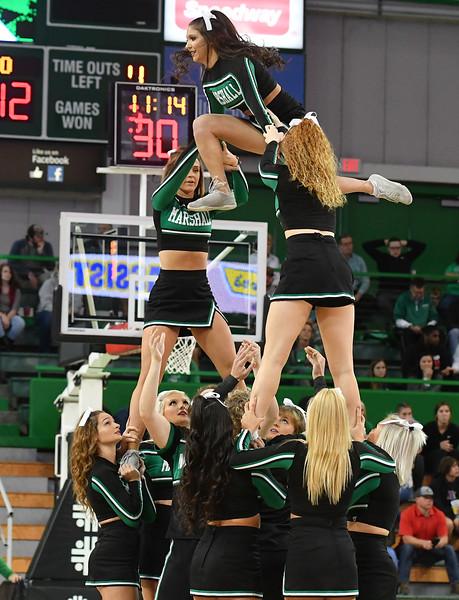 cheerleaders4188.jpg