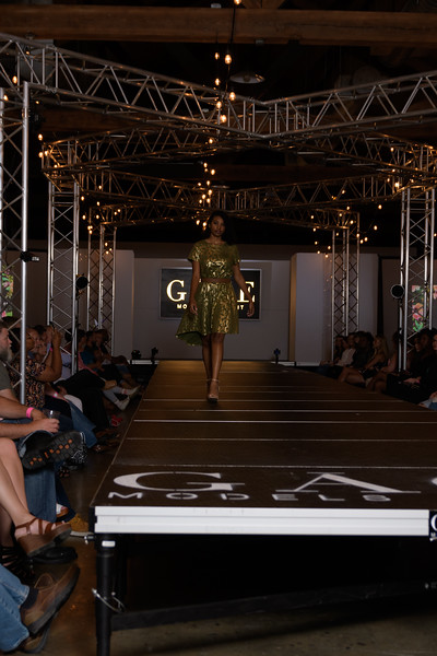 Knoxville Fashion Week Friday-640.jpg