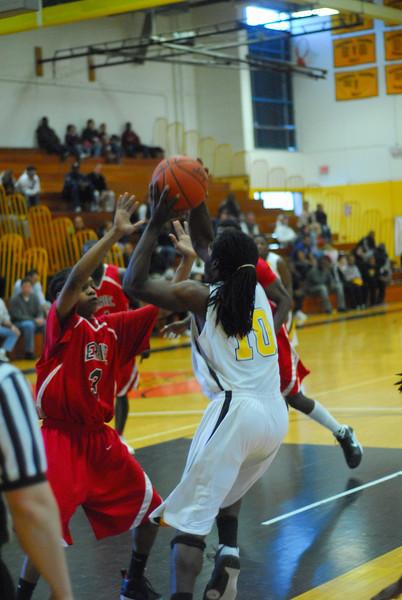 20090301_MCC Basketball_5653.JPG